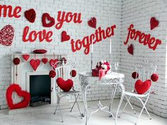 Best Exciting Valentine's Day Party Decorations Ideas Valentine's Day is coming soon, you need to prepare everything you will use on Valentine's Day. Starting from gifts, clothes to be used, make-up, part. Valentine Day List, Valentines Day Party, Valentines Day Decorations, Valentine Crafts, Valentinstag Party, Valentine Backdrop, Decoration Photo, Valentine's Day Diy, Holiday Photos