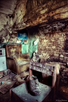 Limerick - Abandoned: Haunting snapshots of a life once lived in rural Ireland