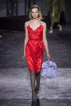 Nina Ricci at Paris Fashion Week Fall 2016