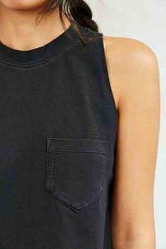 Naomi - clothes