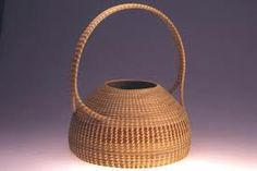Mary Jackson is arguably the nation's most celebrated maker of sweetgrass baskets. come and see why at the 2019 Smithsonian Craft Show, April Basket Weaving, Hand Weaving, Contemporary Baskets, Pine Needle Baskets, Basket Crafts, Philadelphia Museum Of Art, Pine Needles, Paper Basket, Wicker Baskets