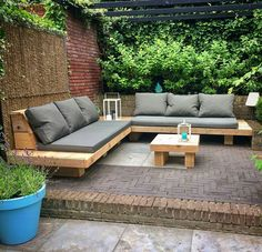 Why Teak Outdoor Garden Furniture? Backyard Seating, Backyard Patio Designs, Outdoor Seating Areas, Diy Patio, Outdoor Lounge, Backyard Landscaping, Backyard Ideas, Diy Garden Seating, Outdoor Couch
