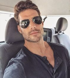 The 7 Gold Lifes 7 boys who have 7 different characters and backgrou… Cool Hairstyles For Men, Haircuts For Men, Beautiful Men Faces, Gorgeous Men, Hipsters, Joseph Cannata, Sunnies, Nick Bateman, Men Photography