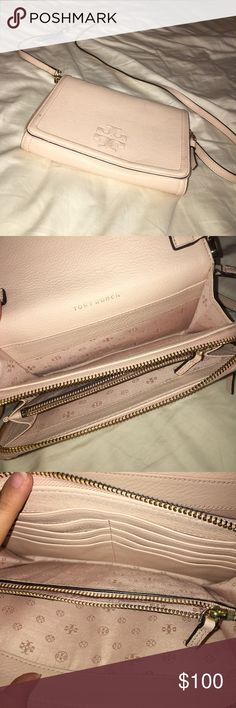 Tory burch cross body bag w/dust bag Great condition! Tory Burch Bags Crossbody Bags