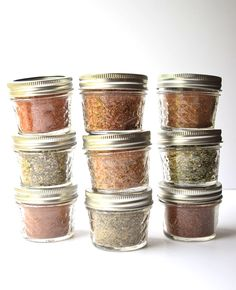 homemade fajita seasoning Homemade Seasoning Blends - Nine DIY Recipes - Add great flavor to your food and save money with these simple to make seasoning blends! Make great gi Homemade Dry Mixes, Homemade Spice Blends, Homemade Tacos, Spice Mixes, Homemade Fajita Seasoning, Homemade Seasonings, Homemade Spices, Seasoning Mixes, Paleo Whole 30