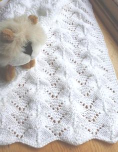 Reversible Lace Baby Blanket - Knitting Pattern Source by sbcheronis Free Baby Blanket Patterns, Baby Knitting Patterns, Baby Patterns, Knitting Stiches, Knitting Blogs, Lace Knitting, Knitting Ideas, Baby Shawl, Knitted Baby Blankets
