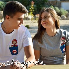Camiseta unisex. Bolsillo Super Mario t-shirts. Custom. Personalizada. Algodón. Camiseta original. Vinilo textil. Sile y nole. de Sileynole en Etsy