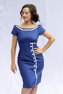 JuliaBobbin: The Joan Holloway copy-cat. Butterick Also used to make a Peggy copy-cat dress. Cat Dresses, Sexy Dresses, Vintage Dresses, Dresses For Work, Clothing Patterns, Dress Patterns, Joan Holloway, Plain Dress, Couture