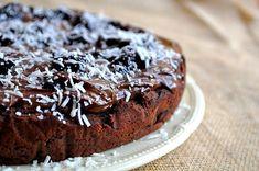 Hindistan Cevizini Tariflerin Vazgeçilmezi Yapacak ve Belki de İlk Kez Duyacağınız 11 Lezzet- Onedio.com Fudge Cake, Pudding Cake, Coconut Flour, How To Make Cake, Cherry, Apple, Cookies, Desserts, Cake Rolls