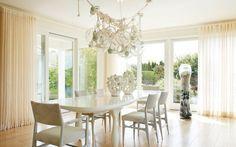 Summer Home We Love: Hamptons Residence by Amy Lau Design | www.bocadolobo.com #bocadolobo #luxuryfurniture #interiodesign #designideas #interiordesignusa