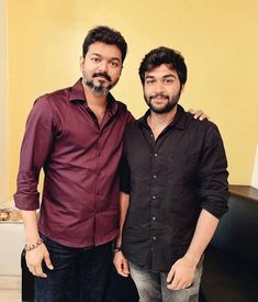 Vijay Actor, Latest Hd Wallpapers, Latest Mobile, Actor Photo, Mens Clothing Styles, Fashion Outfits, Womens Fashion, Cinema, Men Casual