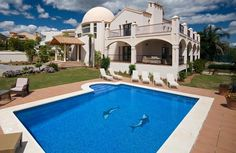 Exquisite Villa for sale in Los Flamingos, Estepona | Click on picture for more details