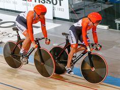 Do 19 okt 2017 EK baanwielrennen. Brons voor de vrouwen bij de teamsprint. Bij de EK baanwielrennen in Berlijn heeft Rusland het goud veroverd op de teamsprint voor vrouwen. In de finale werd Duitsland verslagen. Nederland veroverde het brons.