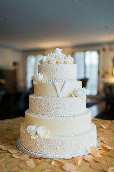 wedding cake idea; photo: Eli Turner Studios