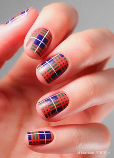 Everyone's gone mad for plaid this winter and our nails are no exception! All tartan everything is this season's must-have! Mode Tartan, Tartan Plaid, Burberry Plaid, Blue Plaid, Burberry Print, Manicure, Mani Pedi, Do It Yourself Nails, Plaid Nails