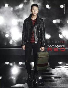cool Actor Kim Soo Hyun in Samsonite Facebook update 12.10.14