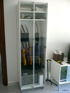 Guitar storage IKEA DIY