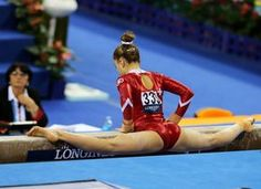 the female form when associated with sport and fitness Amazing Gymnastics, Gymnastics Photography, Gymnastics Pictures, Sport Gymnastics, Artistic Gymnastics, Olympic Gymnastics, Olympic Sports, Gymnastics Leotards, Poses Gimnásticas