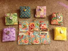 Teabag Wallets fold up nicely, holds 6 or more teabags. Toss it in your purse and go!PICTURE ONLY Sewing Hacks, Sewing Tutorials, Sewing Crafts, Sewing Projects, Sewing Patterns, Craft Gifts, Diy Gifts, Quilted Gifts, Diy Couture
