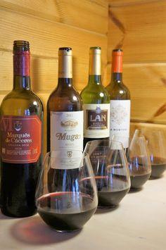 Puistolan bistro: Virtuaaliviinikerho, Rioja - Mitä tästä opimme? Wine, Drinks, Bottle, Food, Drinking, Beverages, Flask, Eten, Drink