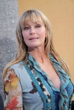 Bo Derek rocks a long blonde straight mane with face-framing bangs, which makes her look youthful and carefree. Who says mature women can't have long hair? Bo Derek, Chic Hairstyles, Long Bob Hairstyles, Hairstyles With Bangs, Bangs Hairstyle, Hairstyle Ideas, Gorgeous Hairstyles, Hair Styles For Women Over 50, Short Hair Styles