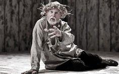 Derek Jacobi playing King Lear at the Donmar Warehouse
