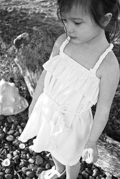 Easy, adorable little girl dress.