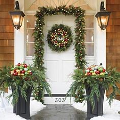 outside christmas decorating ideas | Outdoor  Christmas Decoration