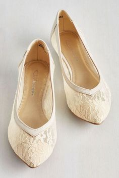 Flat Wedding Shoes For Lovers Of Comfort And Style ❤ See more: http://www.weddingforward.com/flat-wedding-shoes/ #weddings
