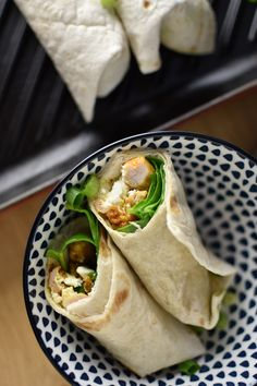 Zelf een heerlijke fajita maken kan met dit recept! Plus, we leggen je alles uit over het verschil tussen fajita's, burrito's, quesedilla's, tostada's enz.