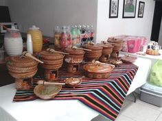 Another fiesta idea Mexican Birthday Parties, Mexican Fiesta Party, Fiesta Theme Party, Mexican Buffet, Mexican Dishes, Mexican Cooking, Mexican Food Recipes, Buffets, Mexican Bridal Showers