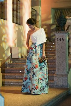 Diseñador indio occidental cultivos top y falda con estampado | Etsy Elegant Dresses, Pretty Dresses, Beautiful Dresses, Simple Dresses, Elegantes Outfit, Kurta Designs, Lehenga Designs, Indian Designer Wear, Lehenga Choli