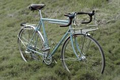 a great commuter bike for those in the city who are within biking distance of work / school ~~~ Kumo Cycles Randonneur