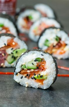 With this healthy sushi rice recipe you can add fun and creativity to create other sushi flavors that you love! What about fusion style sushi or scrumptious California? What's your sushi roll? Sushi Restaurants, Tempura, Oshi Sushi, Sushi Comida, Sushi Roll Recipes, Sushi Love, Bacon Avocado, Tasty, Yummy Food