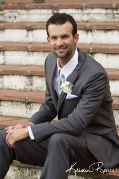 groom, photo of groom, santa barbara courthouse fiesta stage wedding, kristin renee photographer http://santabarbaracourthouseweddings.net