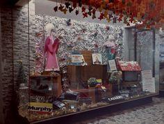 3Design Corner: Christmas Window Display Design
