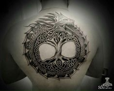 Did the Vikings have tattoos? One piece of historical evidence says yes, at least those Swedish Vikings who raided and traded through Russia probably Ouroboros Tattoo, Rune Tattoo, Norse Tattoo, Tattoo On, Celtic Tattoos, Viking Tattoos, Chest Tattoo, Body Art Tattoos, Sleeve Tattoos
