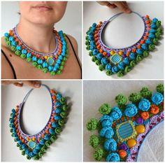 Colar colorido Crochet Necklace Pattern, Knitted Necklace, Crochet Bracelet, Crochet Earrings, Crochet Motifs, Form Crochet, Crochet Art, Crochet Patterns, Diy Fabric Jewellery