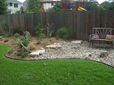 Murphy's Lawn - XERISCAPES and DRY RIVER BEDS