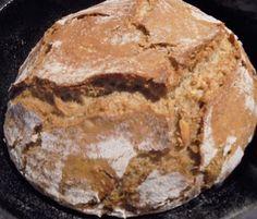 Grinscheles Welt: Brot aus dem Bräter