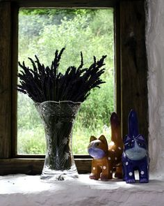 Dried lavender in a Welsh Crystal Vase