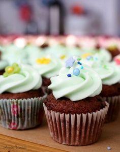 Pätkis Cupcakes Mini Cupcakes, Desserts, Food, Tailgate Desserts, Deserts, Essen, Dessert, Yemek, Food Deserts