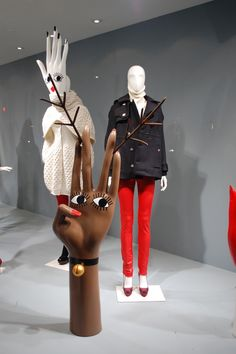 VM | Window Visual Merchandising | VM | Window Display | mannequins
