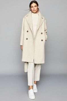 Fashion Tips Moda .Fashion Tips Moda Mode Monochrome, Monochrome Outfit, Monochrome Fashion, Neutral Outfit, Minimal Fashion, Classic Fashion Style, Modern Fashion, Timeless Fashion, Fashion Styles