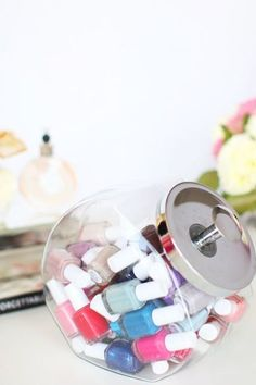 10 Pretty Ways to Store Your Beauty Products via @PureWow
