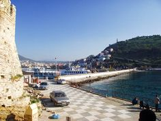 Suggestions of things to do in Kusadasi near the port, in the town or nearby in places like Selcuk. Includes beaches, historical sites & local attractions.