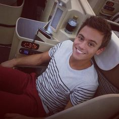 Tom Daley wearing Louis Tomlinson's outfit.