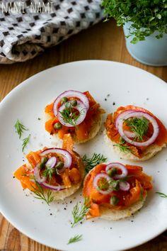 carrot lox e. Carrot Lox, Bruschetta, Carrots, Salmon, Vegetarian Recipes, Food And Drink, Veggies, Vegan, Dinner