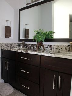 Espresso kitchen cabinets home creative amusing shaker style intended for with white subway tile backsplash White Shaker Kitchen Cabinets, Espresso Kitchen Cabinets, Rta Cabinets, Shaker Style Cabinets, White Kitchen Decor, Home Decor Kitchen, Base Cabinets, Painting Bathroom Cabinets, Bathroom Cabinetry