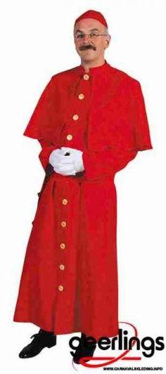 De Cobrahm leden dragen een rood paterskleed. Ze zijn kaalgeschoren en hebben altijd een lach op hun gezicht.